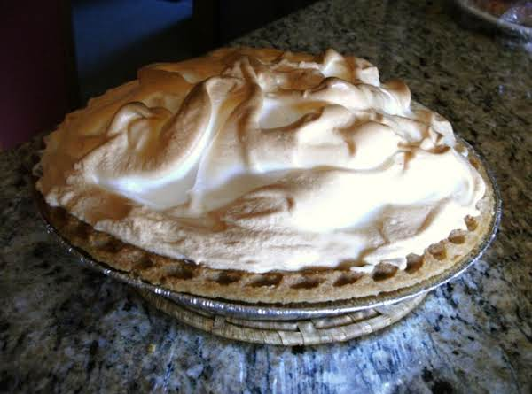 Chocolate Cream Pie With Meringue - Homemade Recipe