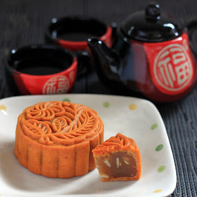 Lotus Mooncake by ChenLin Kng - Food & Drink Cooking & Baking