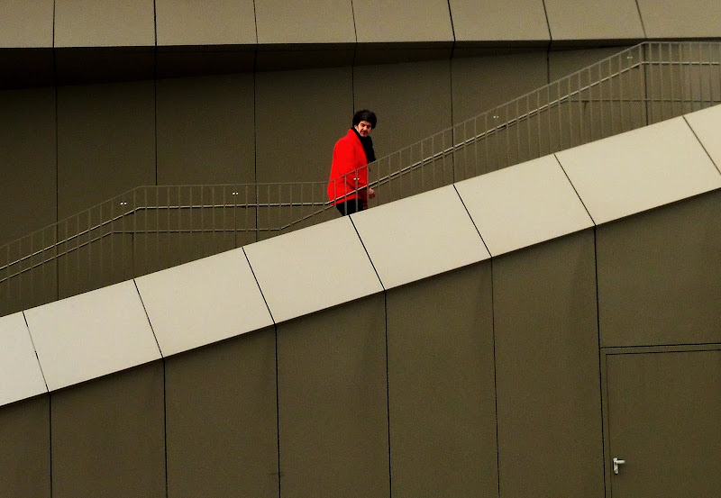 The man in red di roberto_p