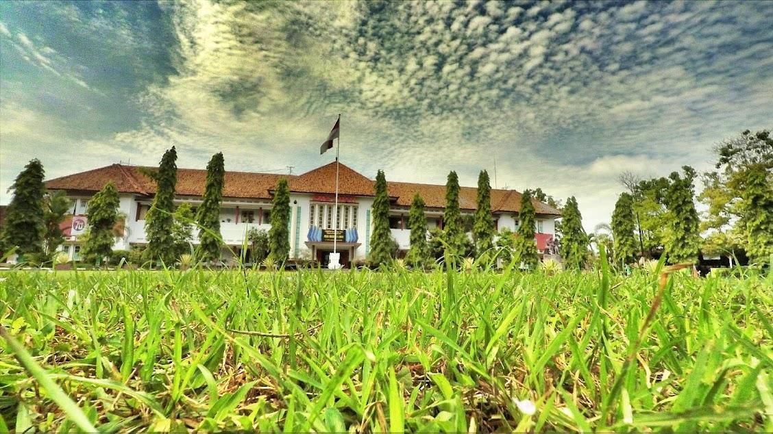 Foto SMA N 1 Pati Tampak Depan