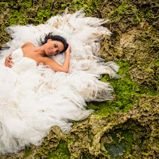 Wedding photographer Oscar Anta (photoemotions). Photo of 20.08.2014