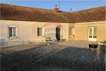 maison à Saint-Aignan (72)