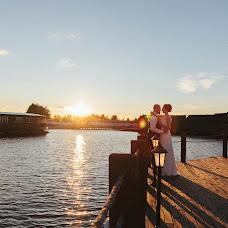Wedding photographer Aleksey Gromov (GromovAlexey). Photo of 31.08.2015