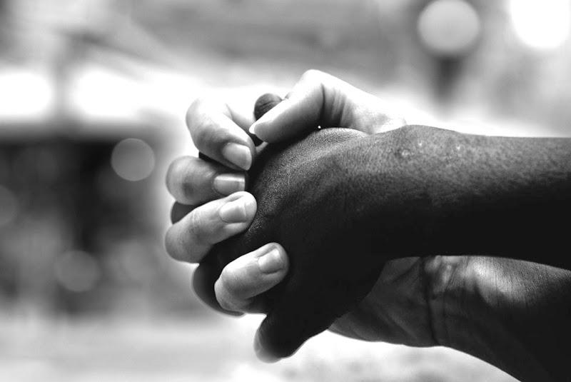 mano nella mano di aeglos