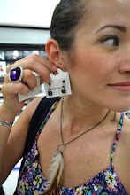 Photo: Purple earrings. Aretes morados, van con la inspiracion.