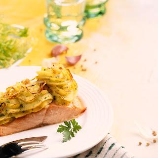 Lachsfilet mit Püree-Kräuterkruste
