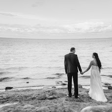 Wedding photographer Artem Grinev (GreenEV). Photo of 04.10.2013