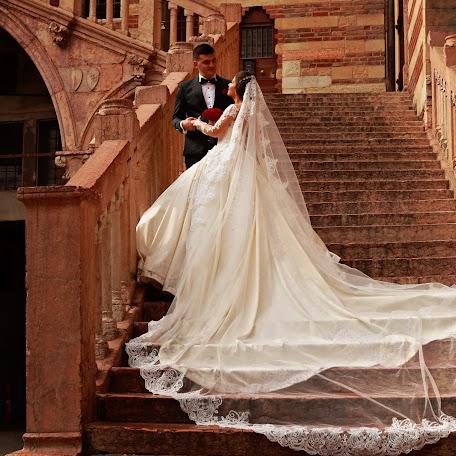 Wedding photographer Anjeza Dyrmishi (anjezadyrmishi1). Photo of 24.07.2017