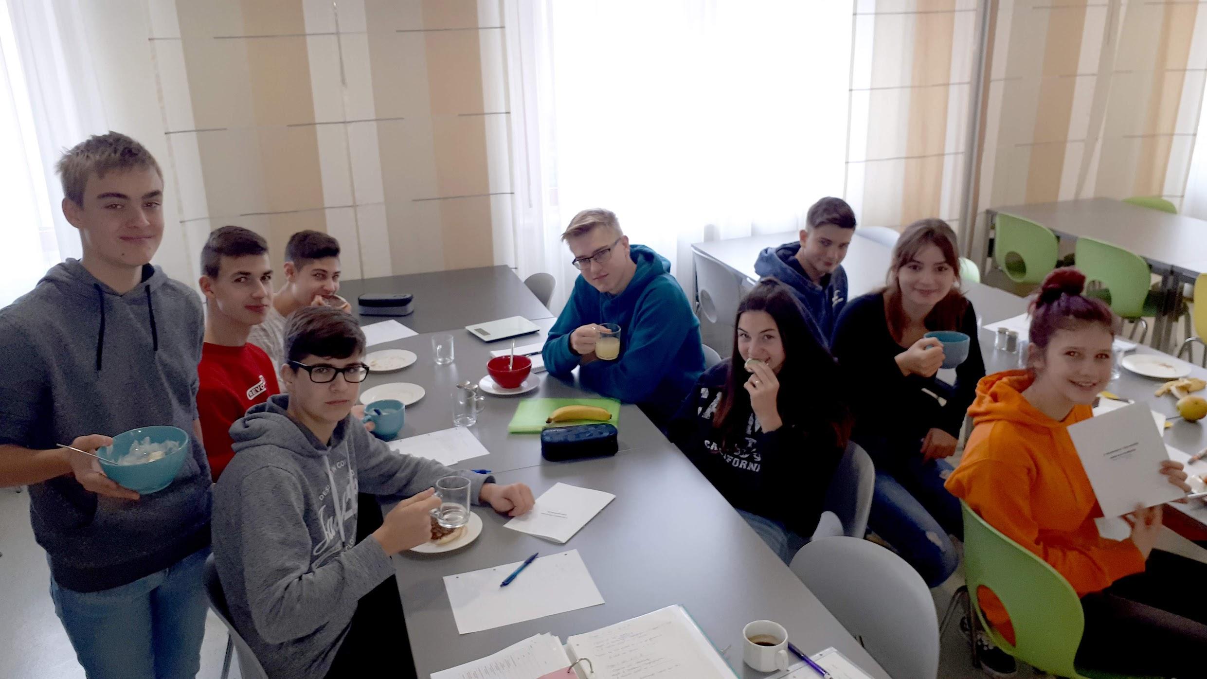 Frühstücken in der Schule