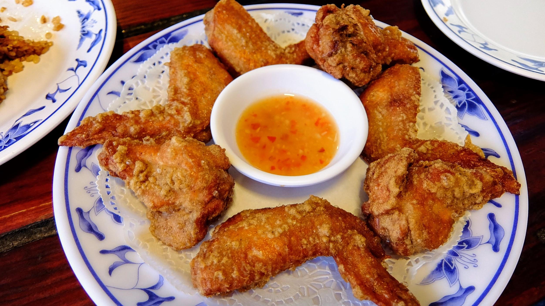 特製炸雞,就一般的炸雞囉....炸得不錯,但...沒有太多驚豔...也以前記得是酸辣雞翅那種,現在變啦...