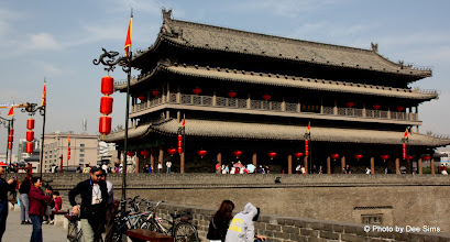 Photo: Day 188 -  Main Gate Tower (Chenglou) at East Gate on Old City Wall in Xi'an
