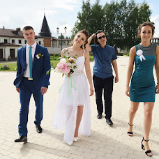 Wedding photographer Lena Andrianova (andrrr). Photo of 19.03.2018