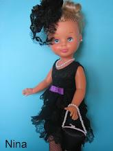 Photo: Conjunto de viuda: vestido de encaje forrado con lazo morado, bolso, collar y tocado a juego, medias de rejilla negras no incluídas: 23 euros más envío