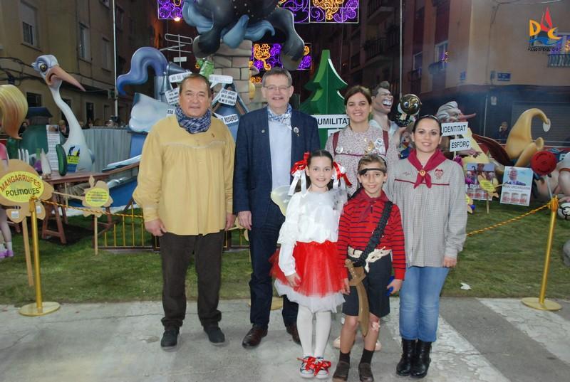 """Visita de la """"Bellesa del Foc Infantil"""" de Alicante"""