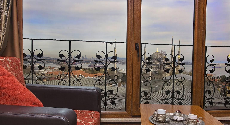 Hotel Lausos