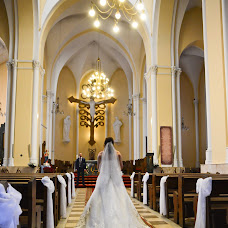 Wedding photographer Kristina Farnakeeva (Farnak20). Photo of 08.08.2017