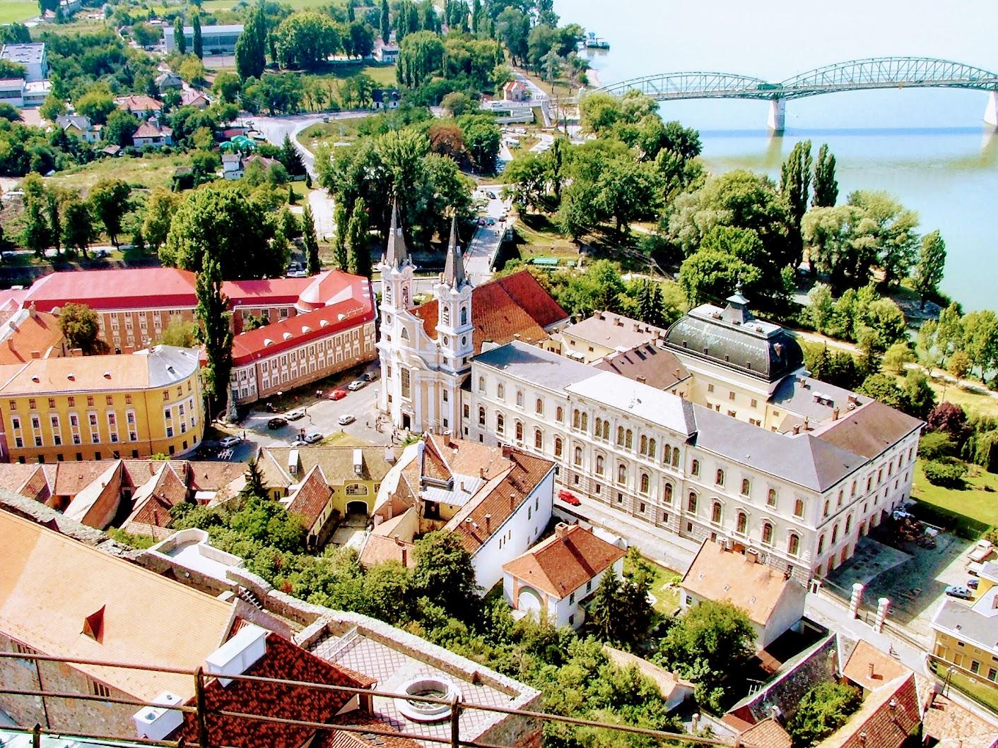 Esztergom - Vízivárosi Loyolai Szent Ignác rk. templom