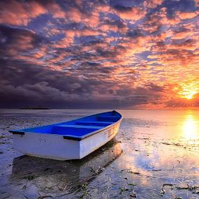 Pantai Karang Blue Boat by Calvin Go - Transportation Boats ( bali, karang beach, blue, sanur, lowtide, sunrise, boat )