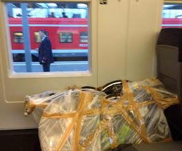 """Photo: Die Stunde der Bewährung schlägt in München beim Umsteigen in den ICE. Ob wir mit unseren """"Plastiktüten"""" wohl Einlass finden? Glück gehabt, der Plan geht auf. Ende gut - alles gut."""