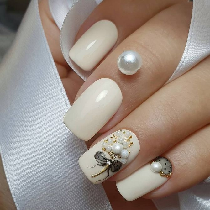 Объеmanicure for the New Year