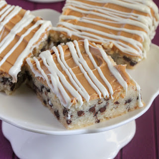 White Chocolate Peanut Butter Shortbread Magic Bars.
