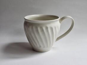 Photo: 白瓷 マグカップ