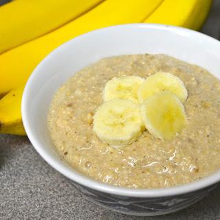 "Raw Bananas and ""Cream"" Oat Breakfast"