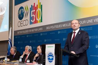 Photo: Губернатор Свердловской области А.С.Мишарин на Генеральной ассамблее Международного выставочного бюро, 23 ноября 2011 г.