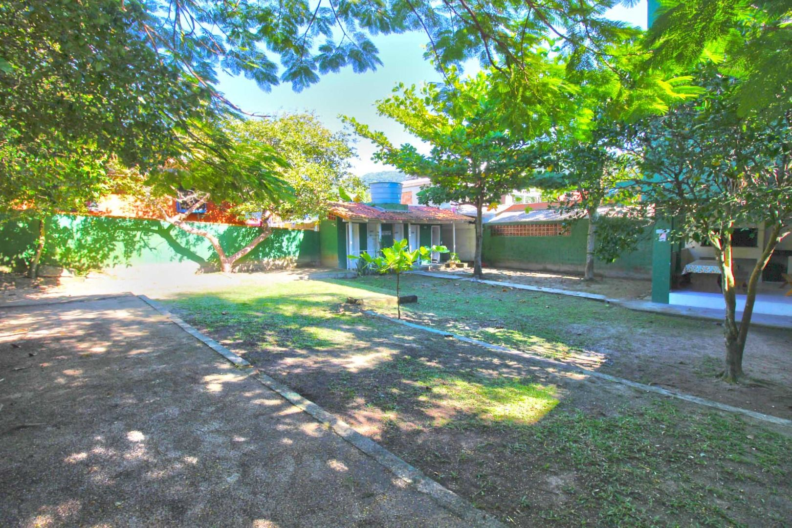 Prédio com 10 Dormitórios à venda, 1.021 m² por R$ 3.500.000,00