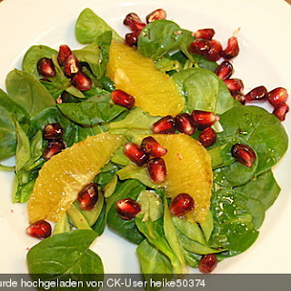 Farbenfreudiger Granatapfel - Orangen - Feldsalat