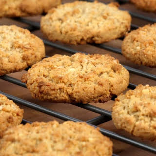 Classic Plain Oatmeal Cookies.