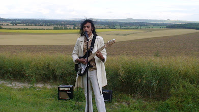 Photo: PT live at the Aeioum CropCircle