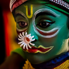 The Face Of The Chronicler-10 by Vijayanand Kandasamy - People Musicians & Entertainers ( face, dance form, kathakali dancer, traditional dance, kerala, painted faces, colours, face colours, colour, kerala traditional dance, tradition, kathakali dance, dance, dancer, kathakali )