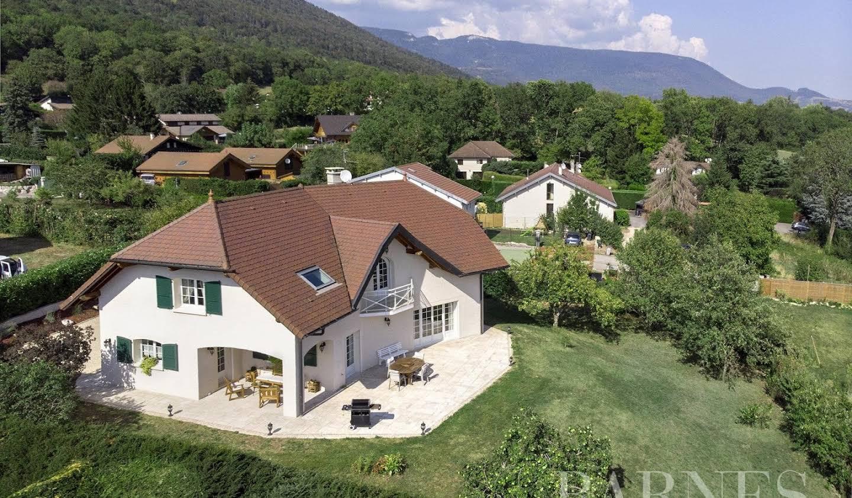 Villa avec terrasse Echenevex