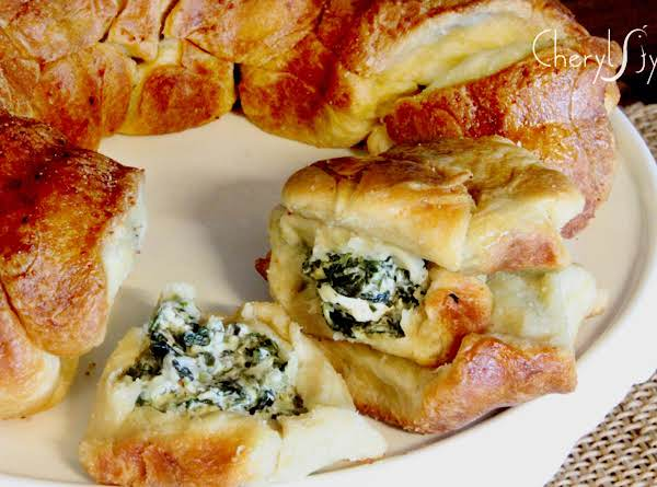 Pull-a-part Spinach Bread