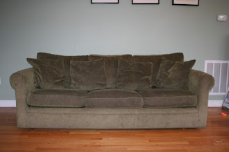 Photo: $300 Crate & Barrel couch (6' long)