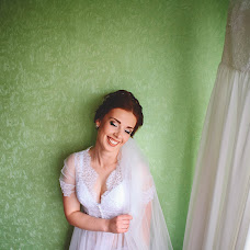 Wedding photographer Aleksandra Kapitanovich (alexandrusha). Photo of 30.07.2017