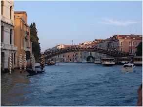 Photo: Venecia. El Gran Canal. Puente de la Academia www.viajesenfamilia.it/