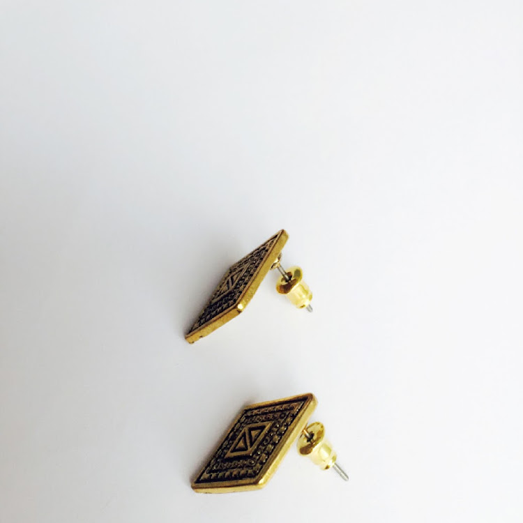 E005 - G. Pharaoh Earrings