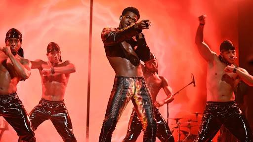 Lil Nas X Endures Wardrobe Malfunction During 'Montero' on 'SNL' [Video]