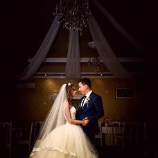 Wedding photographer Oleg Kuznecov (id265294499). Photo of 28.10.2015