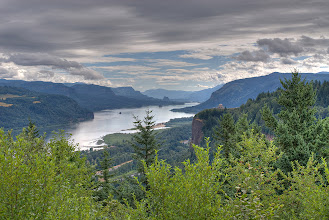 Photo: View of Crown Point in Columbia River Gorge