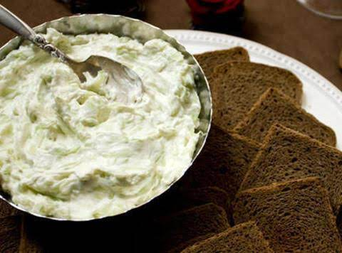 Cucumber And Green Jalapeño Dip Recipe
