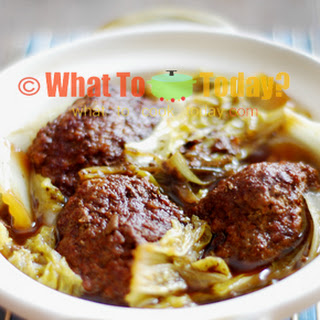 BRAISED MEATBALLS (6-8 large meatballs)