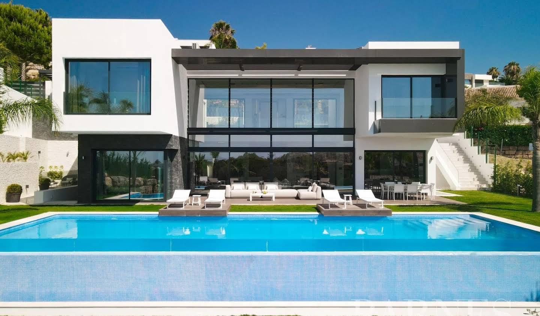 Villa with terrace Benahavís