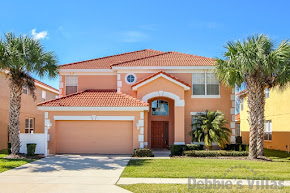 Orlando villa close to Disney, gated community with facilities, large west-facing pool, games room