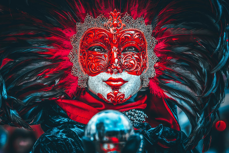 Red mask di Alan_Gallo