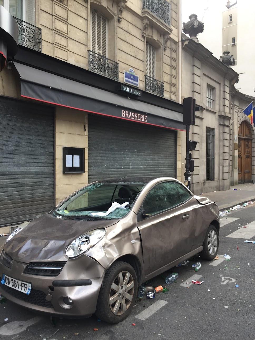 パリ,メーデー,空港,バス,封鎖,交通機関,通行止め,クリスマス,デモ,メトロ,暴動