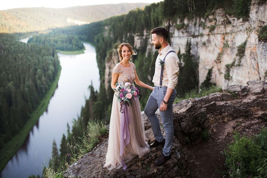 Wedding photographer Pavel Savin (PavelSUN). Photo of 26.03.2019