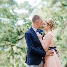 Wedding photographer Maksim Sirotin (Sirotin). Photo of 01.12.2017